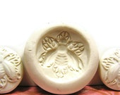 PMC Polymer Clay Mold - Fancy Bee Filigree DIY Cabochons Cameos