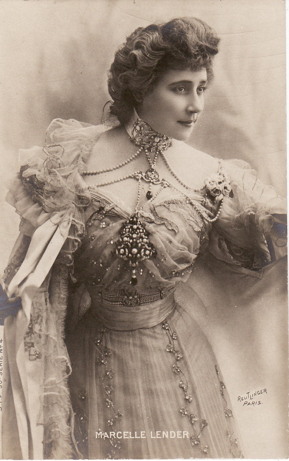 early 1900s...Beautiful Victorian Lady....artisteVictorian Woman Portrait
