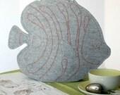 Tea Cosy Fish in Gray Merino Wool