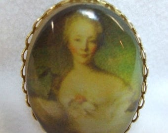 Vintage Cameo Necklace   French Lady Cabochon Pendant Fabulous Acrylic Transferware Reproduction