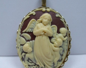 Vintage Cameo Necklace  Acrylic Mom Angel and children Angels Reproduction