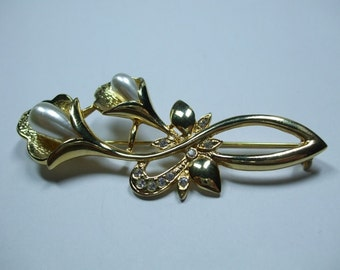 Vintage Gold Rhinestone and Pearl Cala Lily Brooch