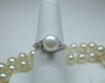 Vintage Cocktail  Ring  Genuine  Pearl and Rhinestone Silvertone Setting---Available in Several Colors