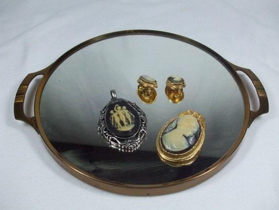 Vintage round antique vanity mirror by trappedintheattic for Antique vanity with round mirror