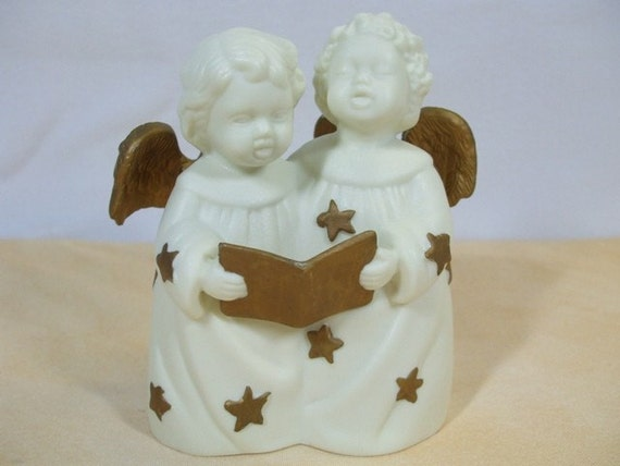 Vintage Ceramic Singing Angels Figurine