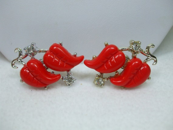 Vintage Thermosest Red Leaf  and Rhinestone Silvertone Screw On Earrings