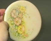 Documented Lucite with Pansies Compact -- large -- by Fifth Rex Avenue - 1945