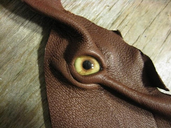 RESERVED FOR DHARLO Grichels leather bookmark - rusty brown with light brown coyote eye