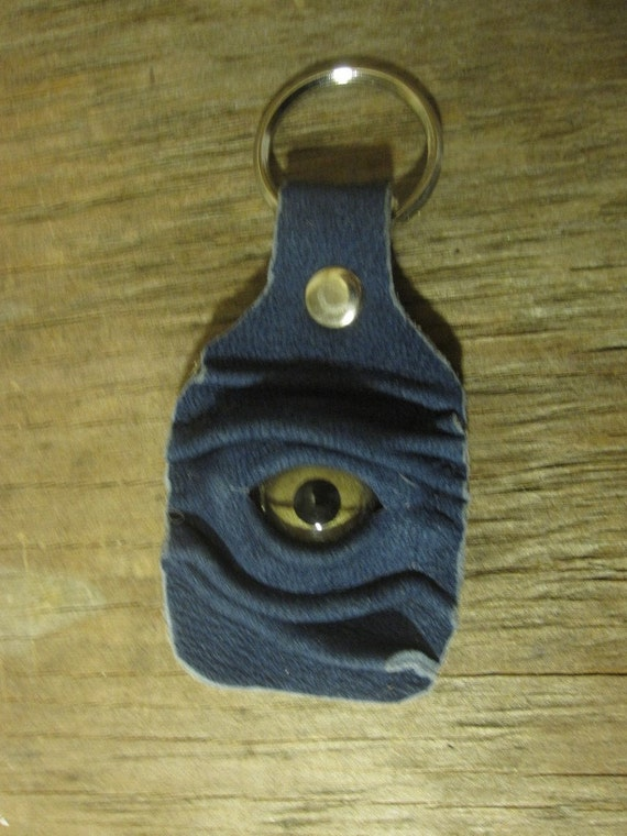 Grichels leather keychain - denim blue with green snake eye