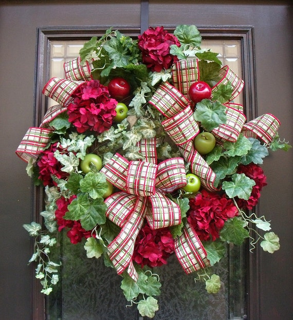 Fall Door Wreath, Apple Wreath, Williamsburg Wreath, Hydrangea Wreath