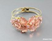 D&E Bracelet Clamper Carved Glass Leaf Stones Pink Peach
