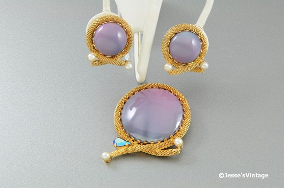 Brooch & Earrings Matched Set Purple Lavender Pearl