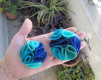 Multi color felt magnetic brooch - shades of Blue and Teal