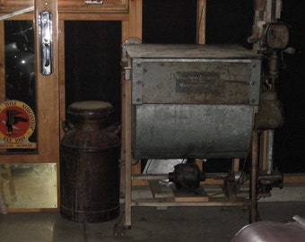 Antique 1915 Western Electric, Type A, Washer & Wringer Machine