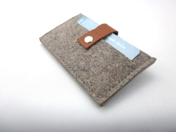 Minimalist Wool felt Wallet- Credit Card Case- Business Card Holder- gray- eco friendly - great gift for Men - industrial