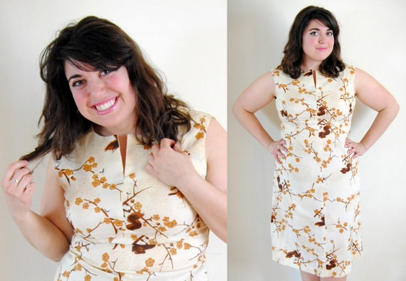 RESERVED XIOLA Plus Size Dress Late 1960s, 1970's Cherry Blossom // Creamy Cherry Crumble Spring Fashion // Size 12/14 Large