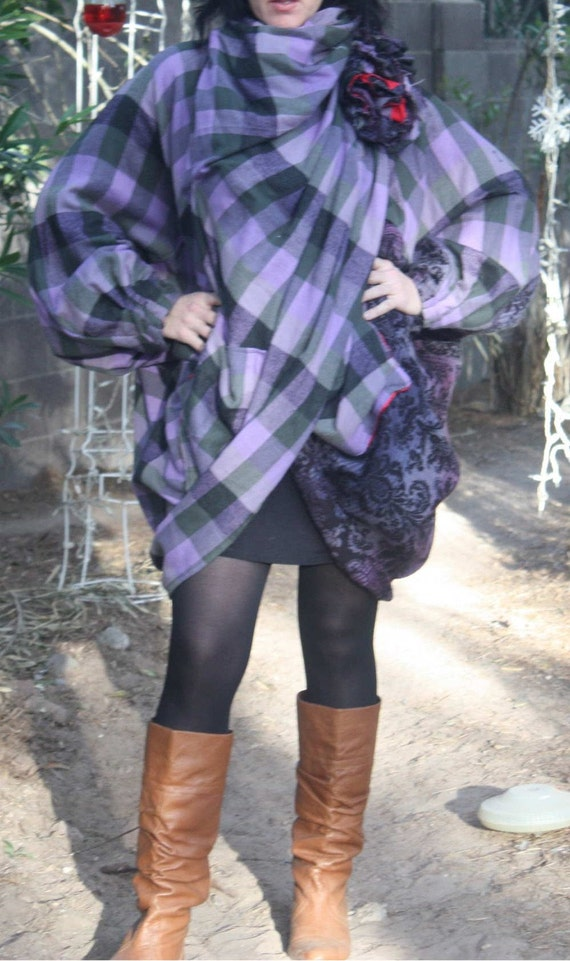 showdiva designs Voluminous Yummy Purple Plaid Coat n Hand Sculpted Flowers Size 2-22