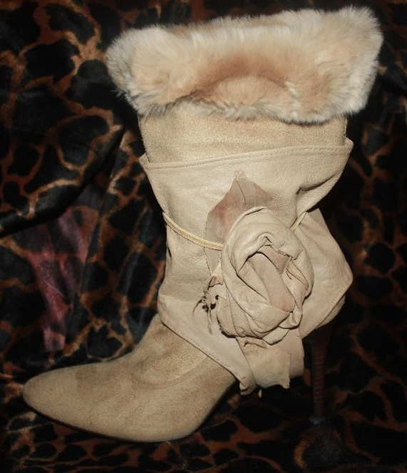 showdiva designs Leather Cream Spats for Boots to Bare Feet Toppers with Sculpted Roses