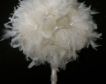 10 piece Ivory Feather Bridal Bouquet Package