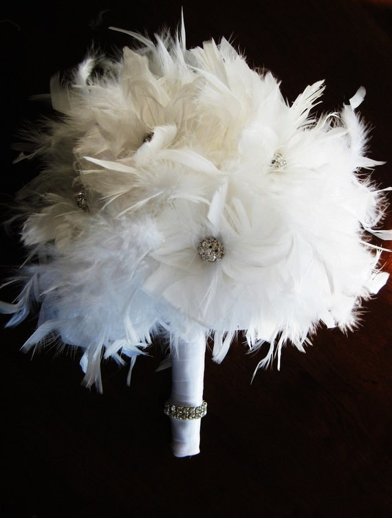 White feather bridal/bridesmaid bouquet