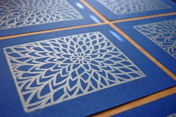 Zinnia Lino Print - Royal Blue