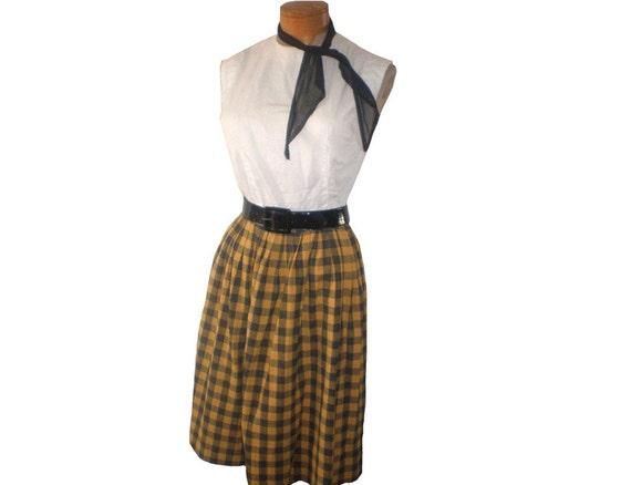 "Vintage 50s 1950's School girl pleated plaid gingham tartan skirt sz.S 26""w, 23""L Lorette by Milliken"