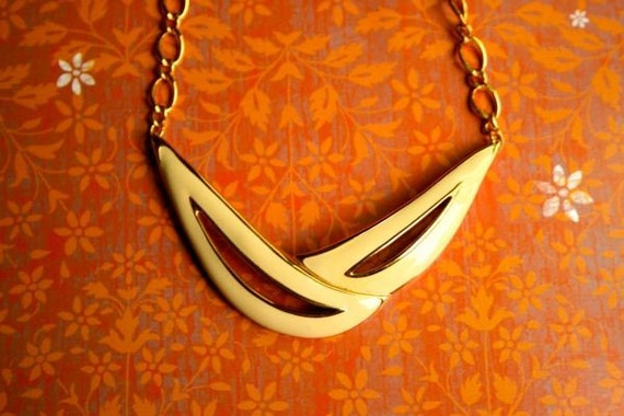 Vintage MONET enamel necklace