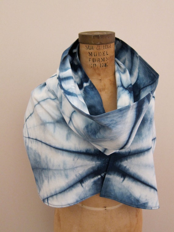 Indigo Dyed Cotton Scarf : Isis