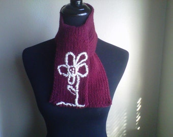 a SiNglE bLOoM scarf