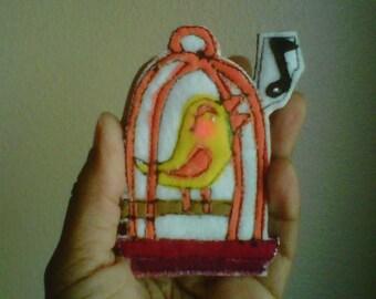 The SongBird - a felt brooch