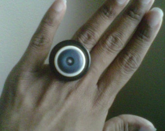 Mo' Better Blues - A Vintage Button Ring