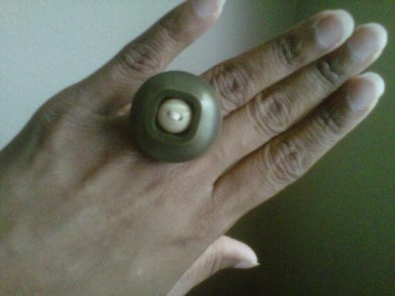 Avocado Creme - A Vintage Button Ring