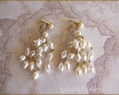 Vintage Lustrous Pearl Shoulder Duster Comfort Clip Screwback Wedding Earrings