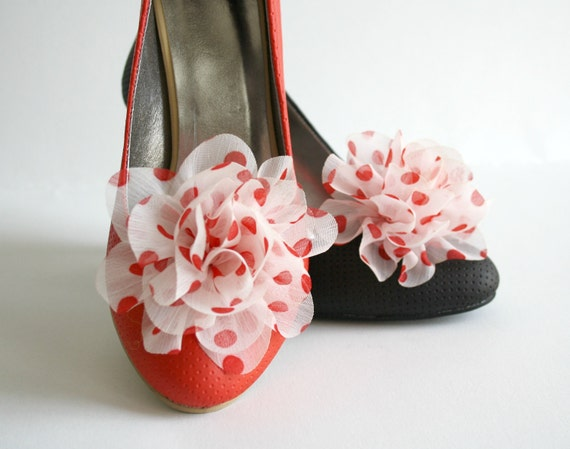 Red And White  Polka Dot Shoes Clips   2 PCS For Bridal For bridesmaids Gift Shoe Accessory