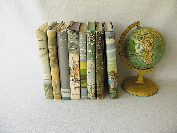 Vintage Books With Dust Jackets