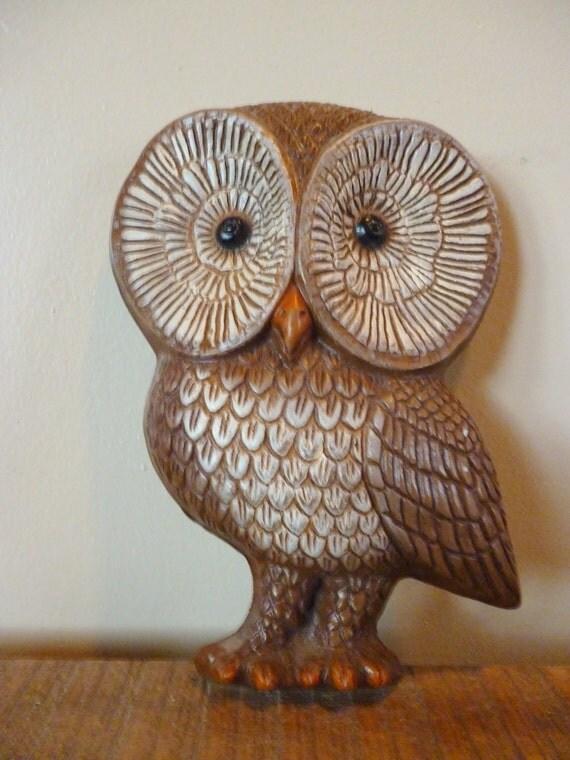 Vintage Big Eyed Owl Plaque
