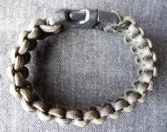 Cobra Stitch Para cord Bracelet