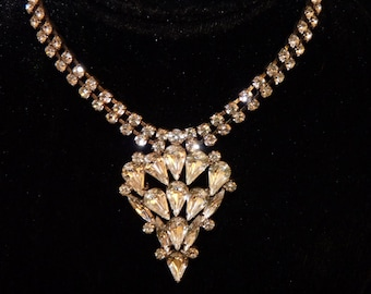 Vintage Jewelry , Silver and Rhinestone Formal Necklace perfect for the Bride bc2