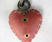 black and red two-eyelet ringtop heart
