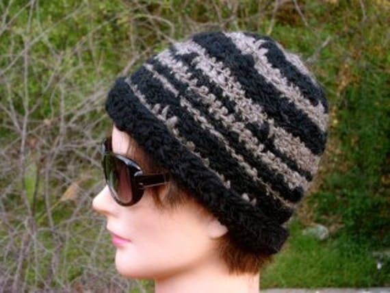 Handspun black and gray wool hat