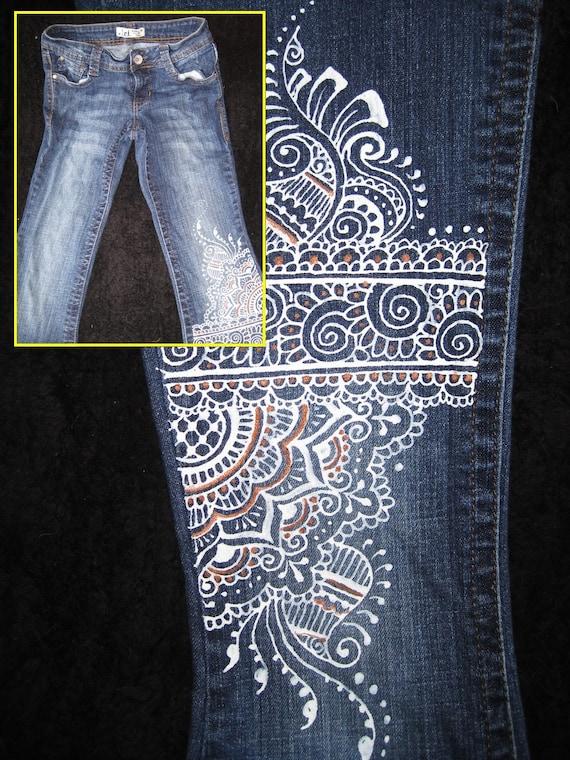 L.e.i. Jeans Junior 5 hand painted mehndi henna design white