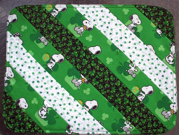 st patrick 39 s day snoopy placemats set of two by kreationsbykona