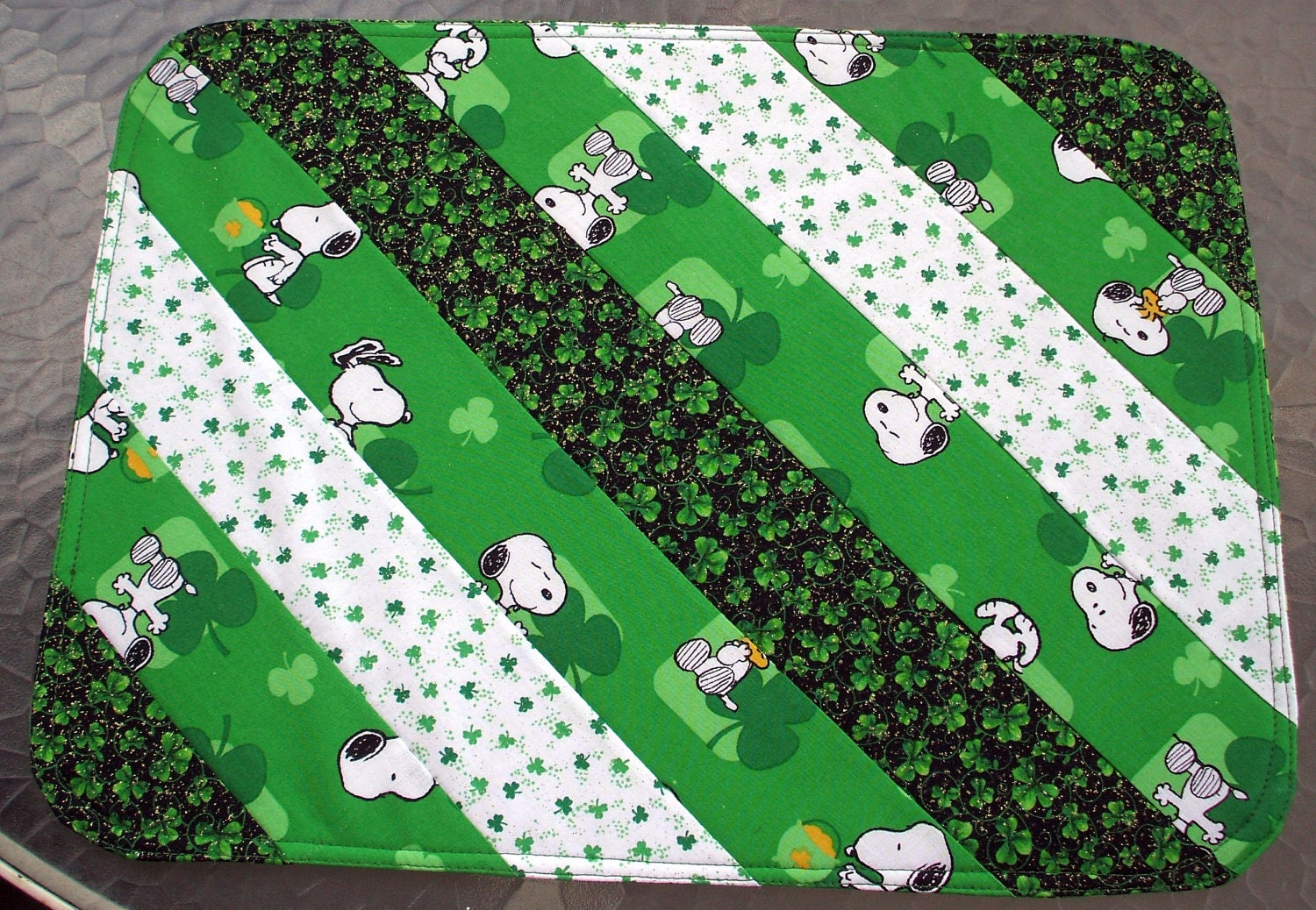 placemats st patrick 39 s day snoopy set of 2