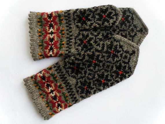 Hand knitted warm wool mittens , gloves patterned Grey flowers