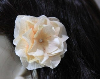1 Peach Flower on an Alligator Clip- Handmade Hair Flower Accessories