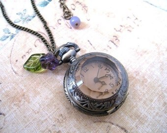 Vintage Style Mini Pocket Watch with Flower Necklace