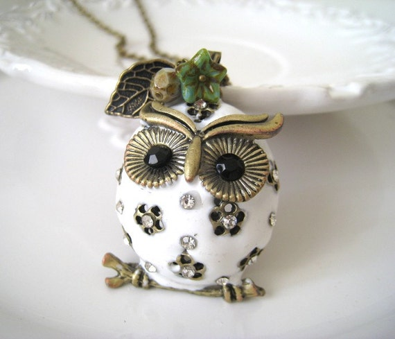 White Puffed Owl Necklace. white owl necklace. owl long chain necklace. woodland necklace