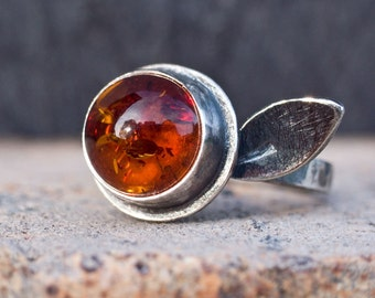 Amber and Sterling Silver leaf ring