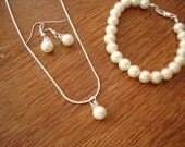 5 Popular Pearl Bridesmaids Jewelry Sets - reserved for Britney Anne