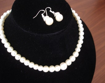 Bridal Necklace and Earrings Set - Luxurious Elegant Pearl Earrings and Necklace Set